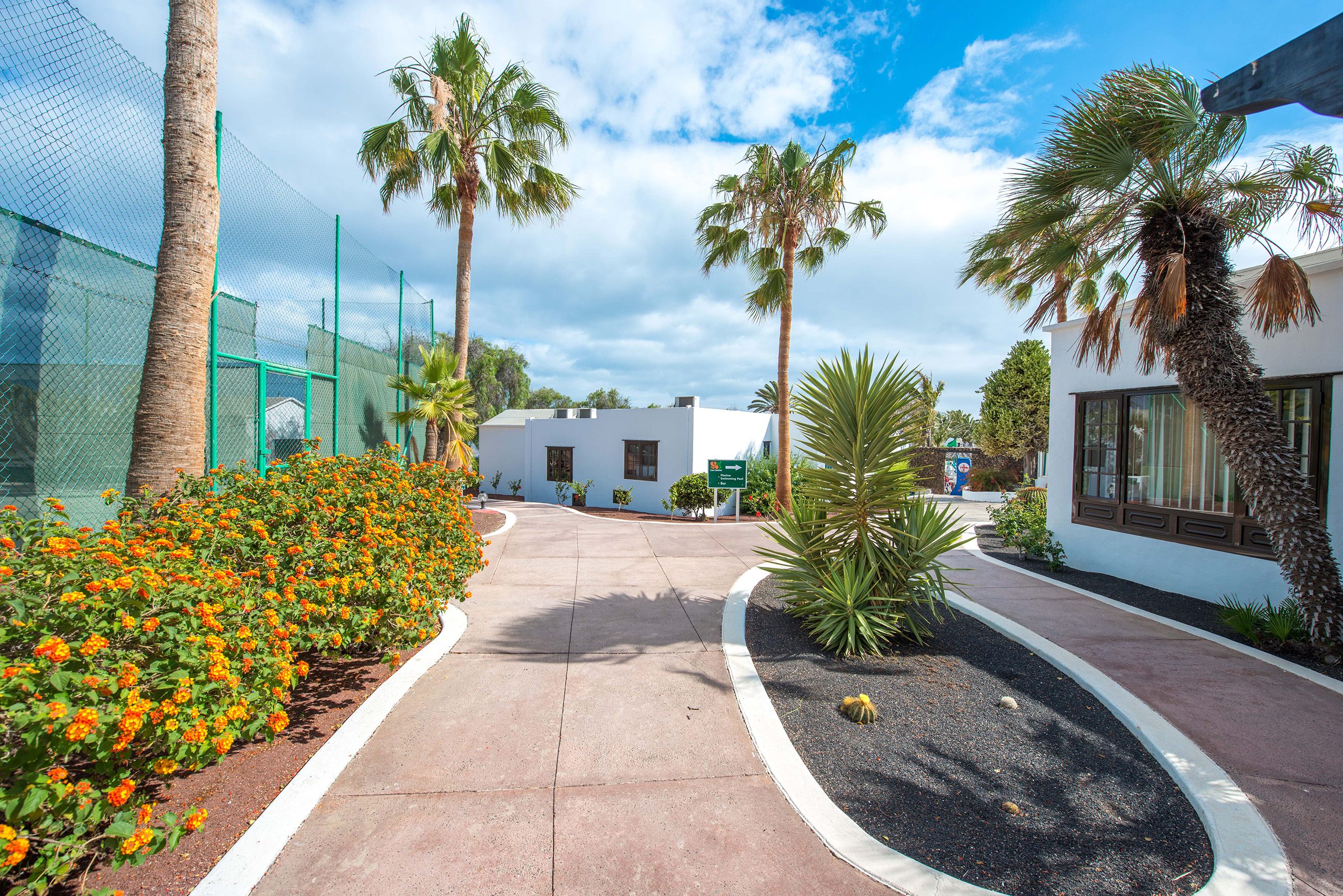 Las Casitas Gardens